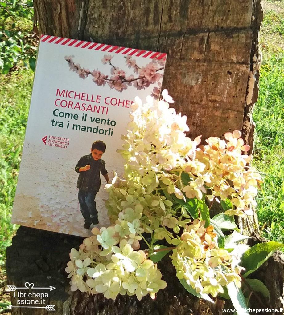 foto del libro come il vento tra i mandorli del sito www.librichepassione.it