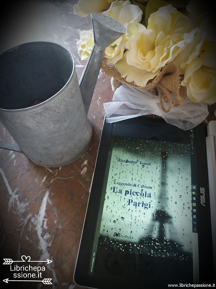 Libro la piccola Parigi. Leggende di Cabiate di Alessandro Toniolo