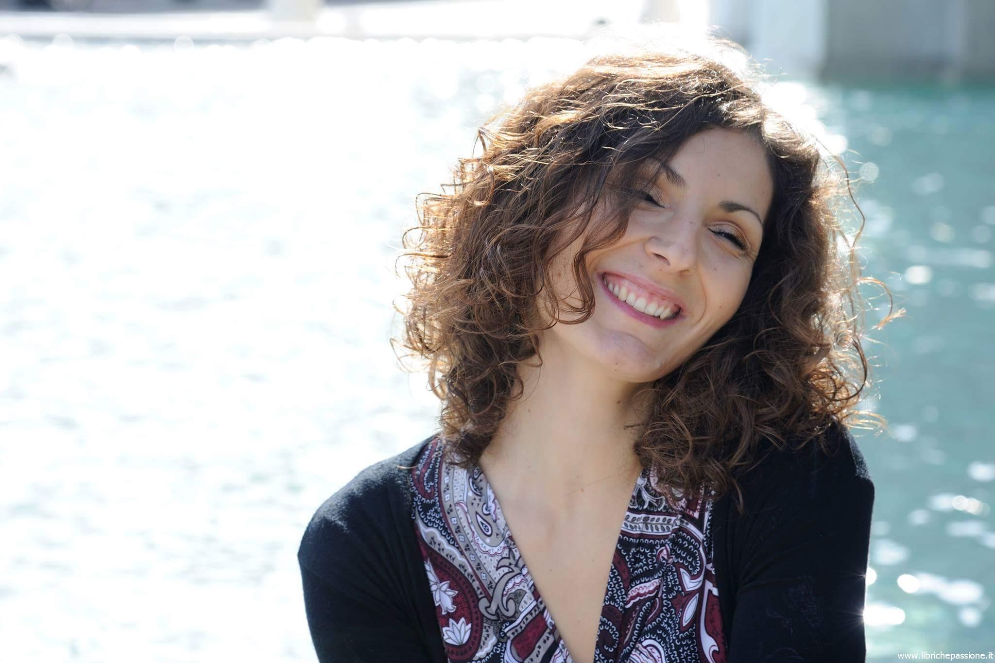 """Intervista alla scrittrice Valentina Cebeni, autrice del romanzo """"La collezionista di meraviglie""""…da domani in libreria!"""