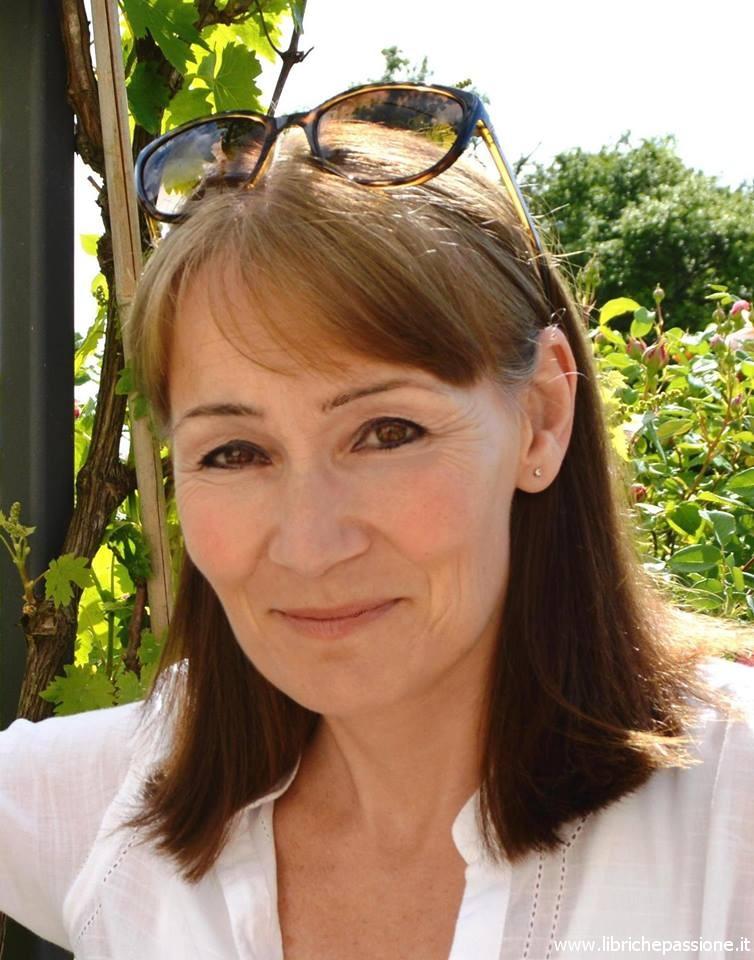 Fiona Valpy intervistata da librichepassionepuntoit