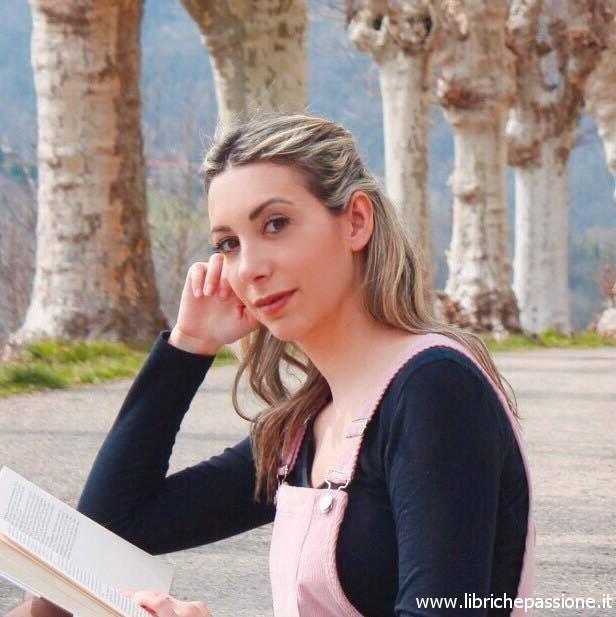Intervista alla scrittrice Lucrezia Scali