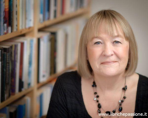 """Intervista alla scrittrice internazionale Liz Trenow autrice del romanzo """"Un amore perduto"""""""