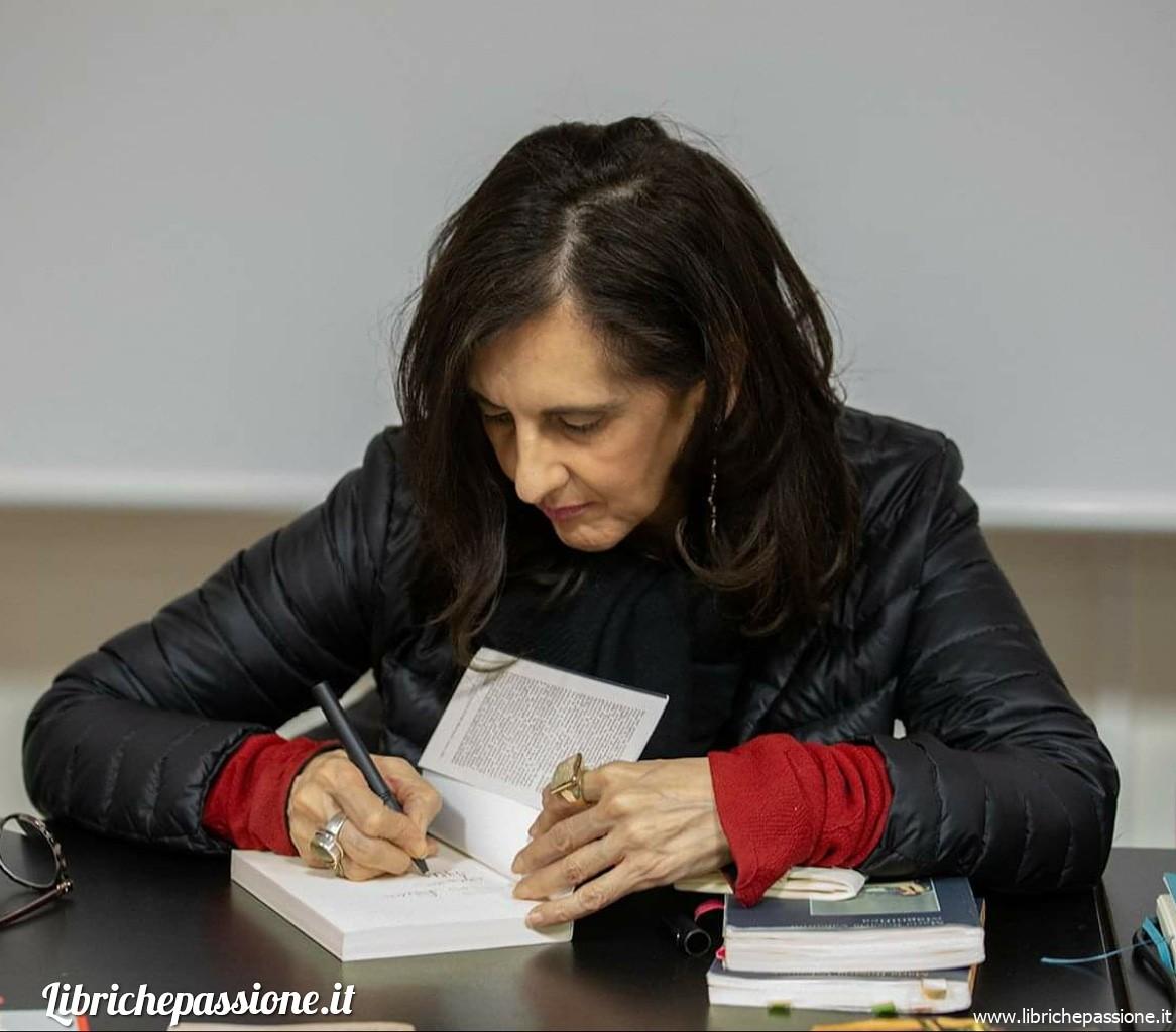 Presentazione del libro della scrittrice Maria Rosaria Valentini