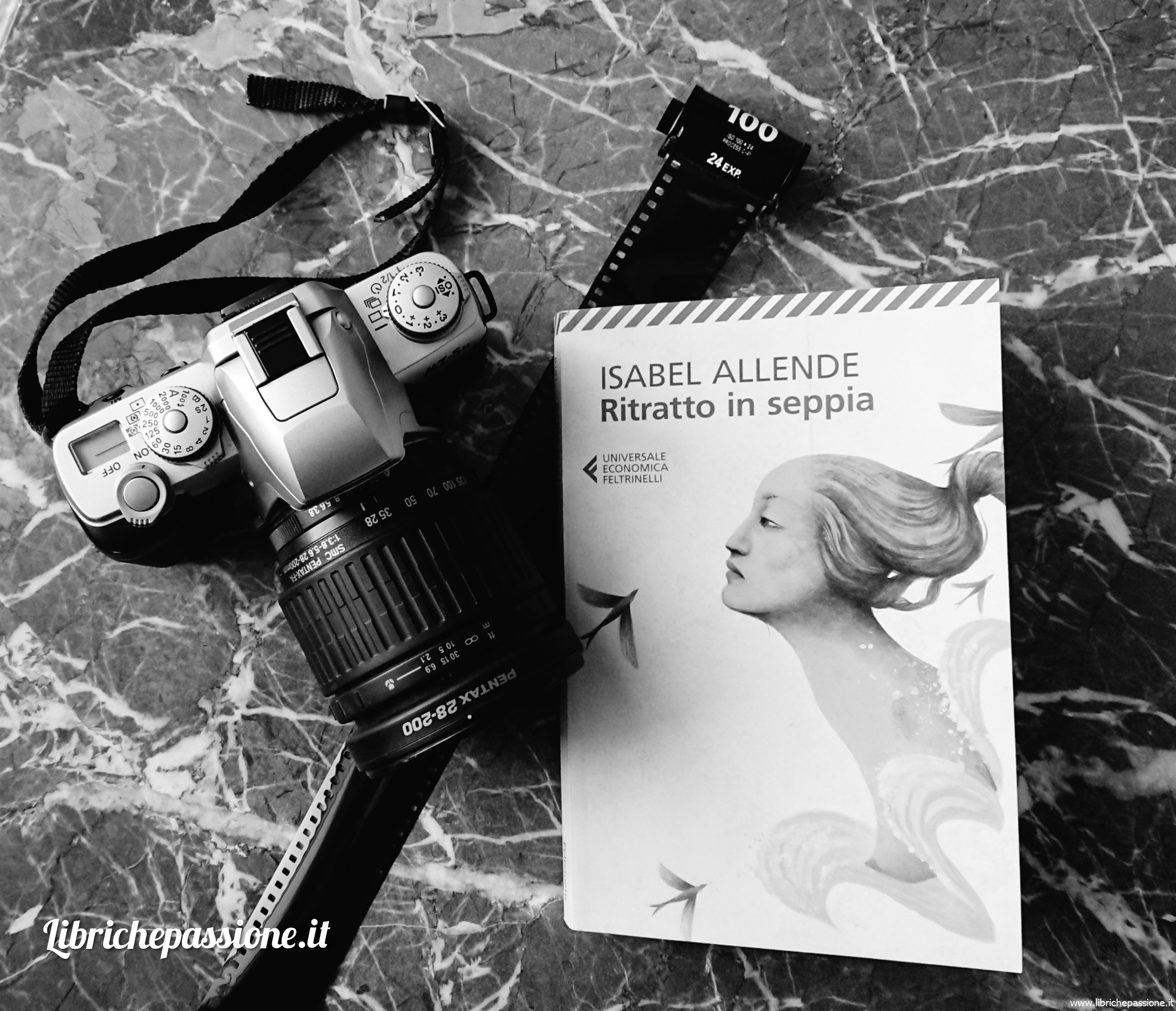 """Recensione del romanzo """"Ritratto in seppia"""", autrice Isabel Allende, Feltrinelli editore"""