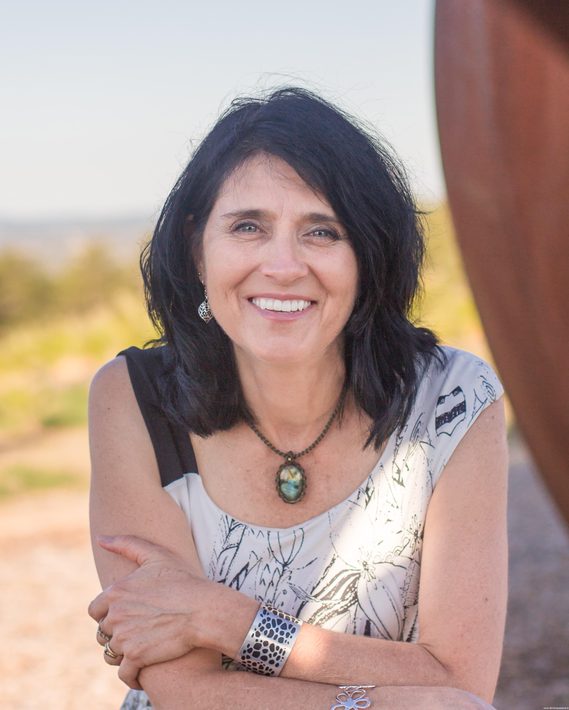 """Intervista alla scrittrice Karen Viggers autrice del romanzo """"Il segreto della collezionista di fiori"""", edito Newton Compton"""