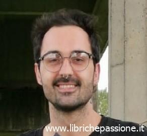 """""""A due chiacchiere con lo scrittore"""" con l'autore esordiente Federico Lorenzi"""