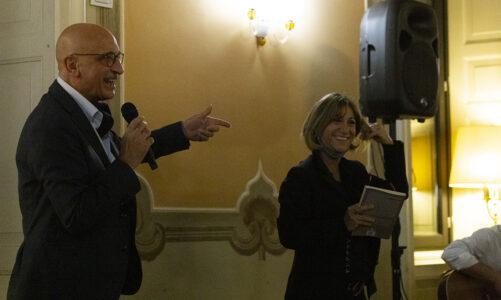 """Presentazione del romanzo di Enrico Inferrera """"L'eresia del tempo"""" presso Villa Pirelli a Induno Olona (Varese)"""